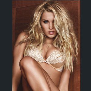 Victoria's Secret Bombshell bra & panty set
